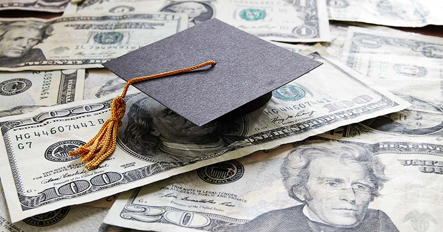Scholarships for studying abroad, how to find them and apply